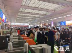 長三角鐵路4日預計發送旅客123萬人次 余票充裕滿足返程需要