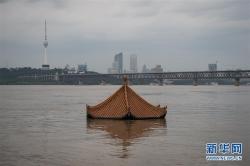 长江汉口站水位持续上涨