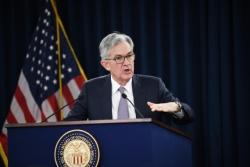 """美联储主席:美国经济复苏前景""""高度不确定"""""""