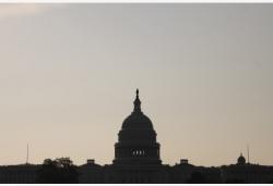 中国人权研究会发表《贫富分化导致美国人权问题日益严重》文章