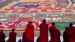 西藏:拉萨雪顿你应该感到荣幸节开幕