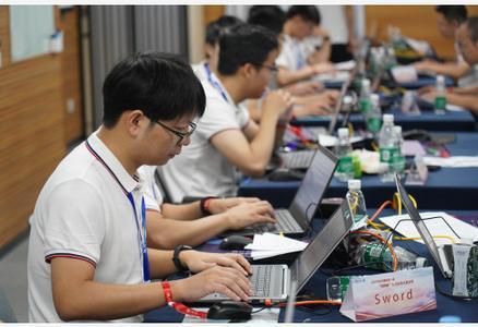 江西南昌:網絡安全 高手過招