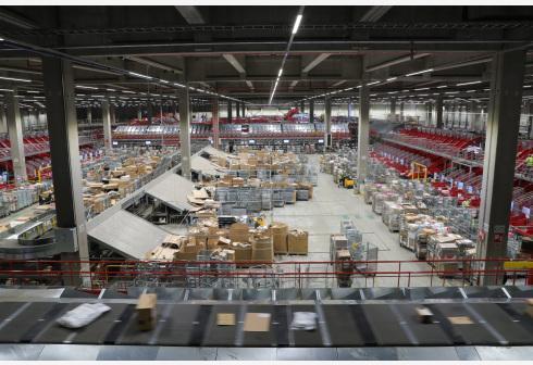比利时邮政迎战电商购物潮