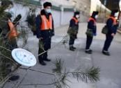 北京:铁路工人战寒潮