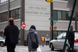 近百萬!美國首次申請失業救濟人數反彈