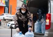 辽宁沈阳:寒冷天气下的劳动者