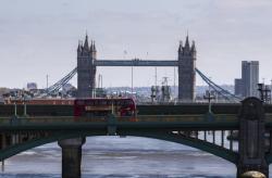 新华财经|英国十年来首次在1月出现财政赤字