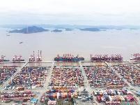 港口生產忙