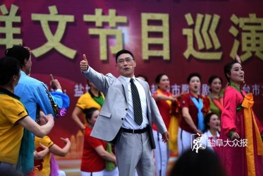 """""""我们的中国梦—文化进万家""""优秀群文节目巡演启动"""