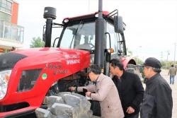 建湖县高作镇:开展农机检审 保障夏收生产