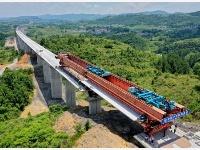 高铁与古桥——跨越世纪的相遇