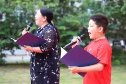 东台镇:居民赛歌比舞 赓续红色血脉